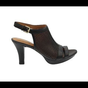 Shoes - Naturalizer Dania Heels